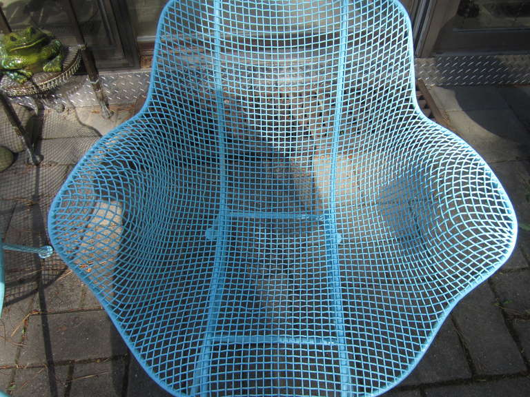 American Pair Woodard Mesh Sculptra Patio Lounge Chairs Mid-century Modern For Sale