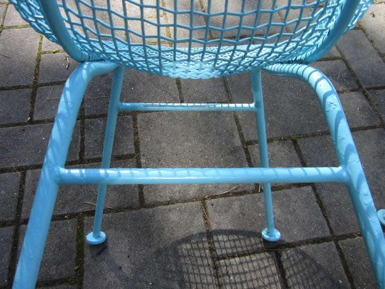 Iron Pair Woodard Mesh Sculptra Patio Lounge Chairs Mid-century Modern For Sale