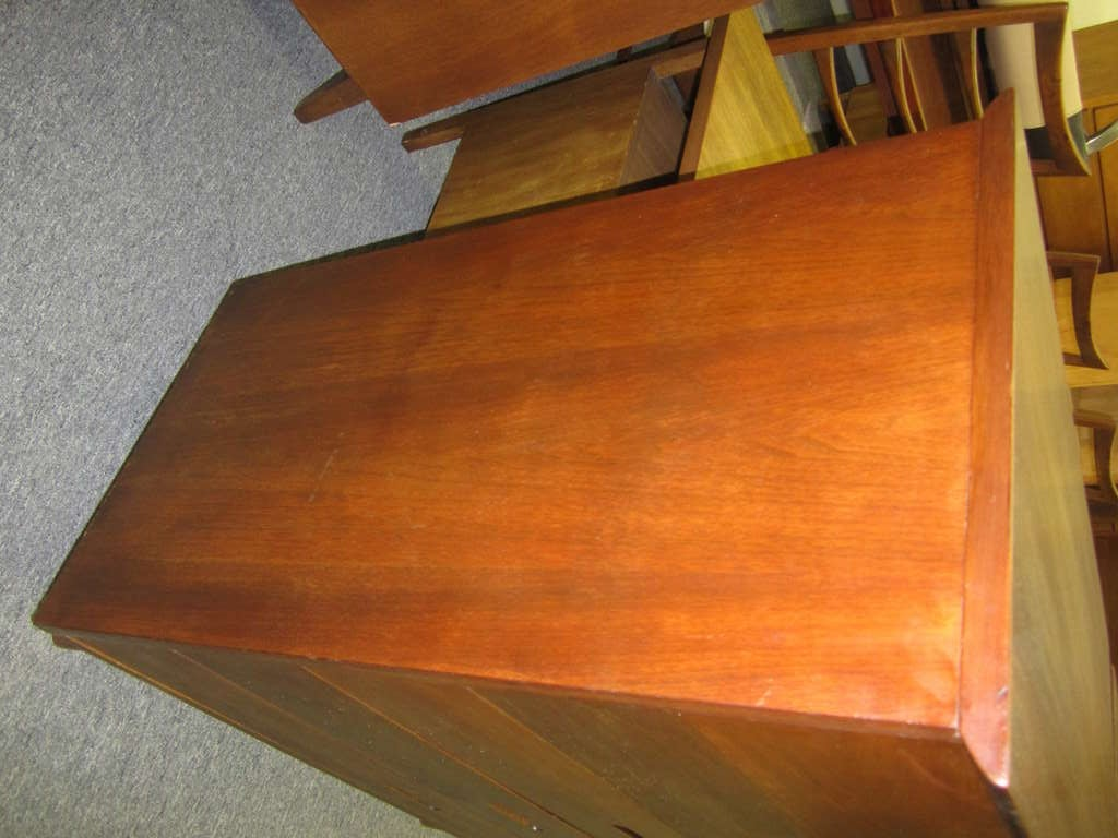 Pair of Walnut Tall Chest Dressers Mid-Century Modern In Good Condition For Sale In Medford, NJ
