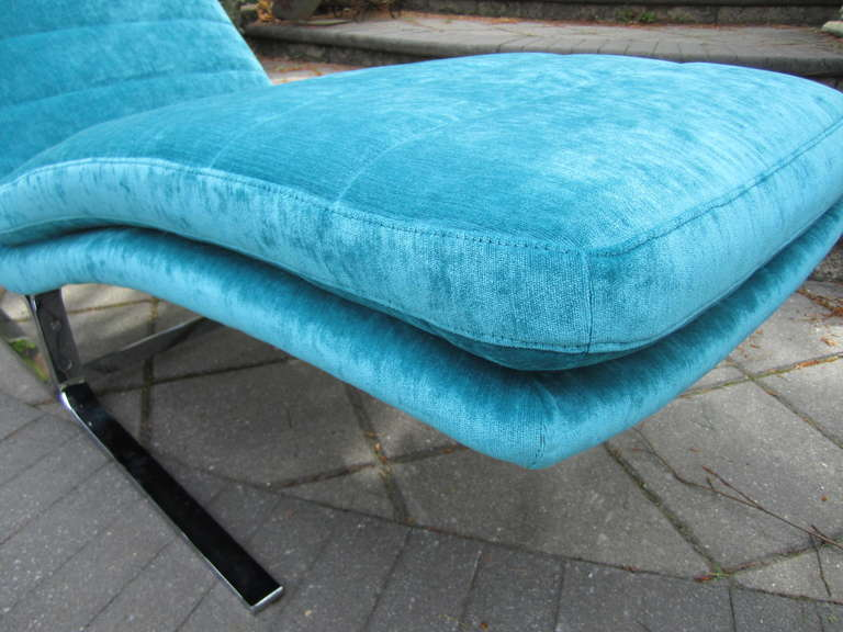 Amazing Harvey Probber Chrome Chaise Longue for Brayton International In Excellent Condition For Sale In Medford, NJ