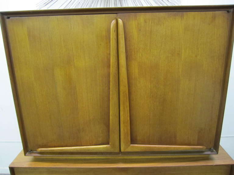Mid-20th Century Wonderful Vladimir Kagan Style Sculptural Walnut Tall Dresser Mid-Century Modern For Sale
