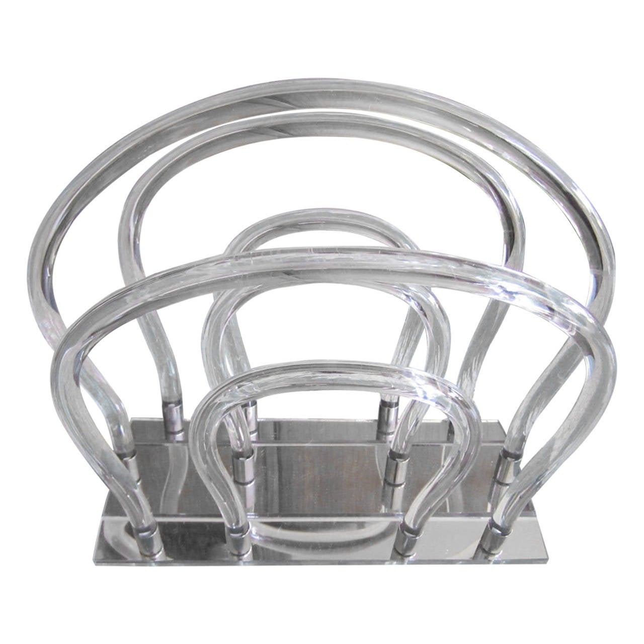 Dorothy Thorpe Lucite, Chrome and Mirror Magazine Rack For Sale