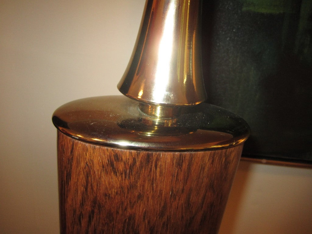 American Pair Of Rosewood And Brass Tall Laurel Lamps Mid-century Danish For Sale