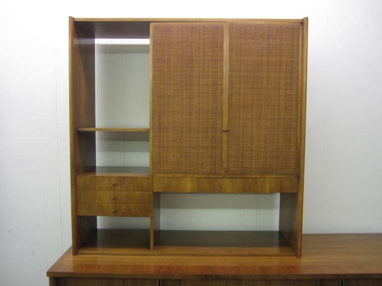 John Widdicomb Mid-century Modern Caned Top Dale Ford For Sale 4