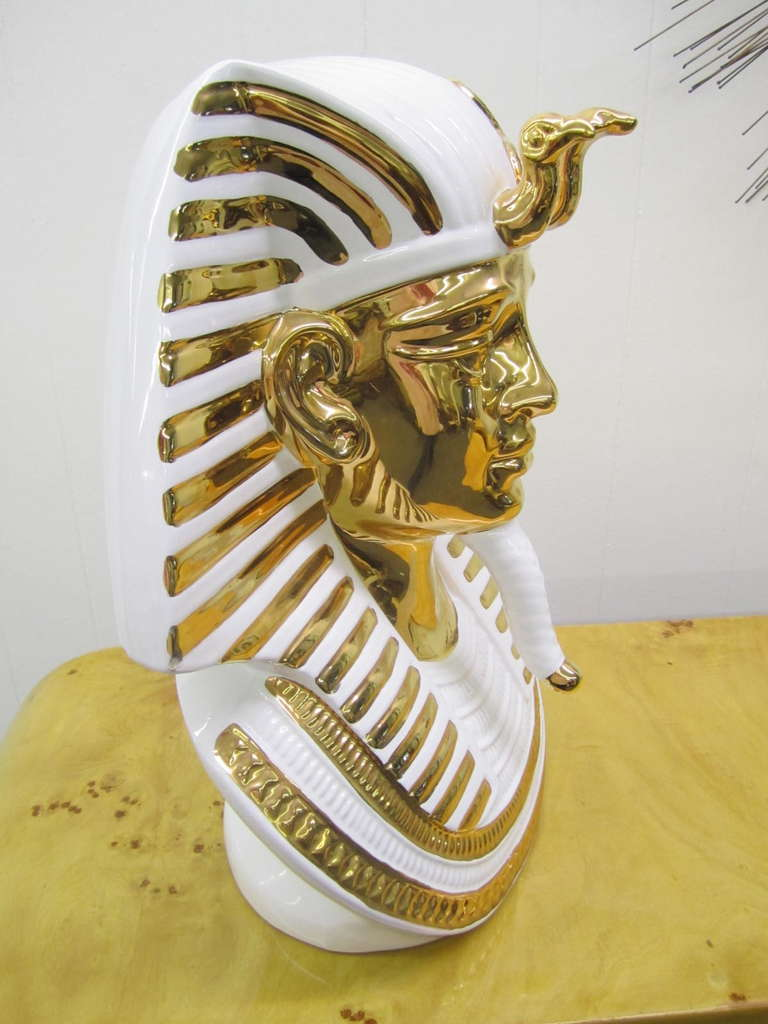 Egyptian King Tut Italian Ceramic Sculpture Bust Hollywood Regency In Excellent Condition For Sale In Pemberton, NJ