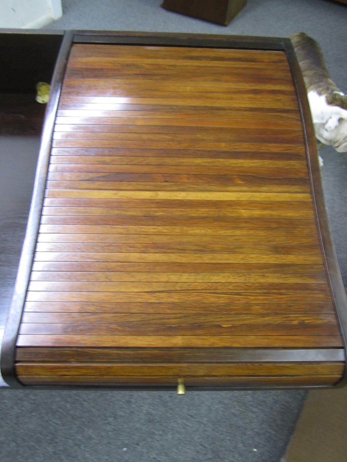 Mid-20th Century Excellent Rosewood Roll Top Desk by Edward Wormley for Dunbar Mid-Century Modern For Sale