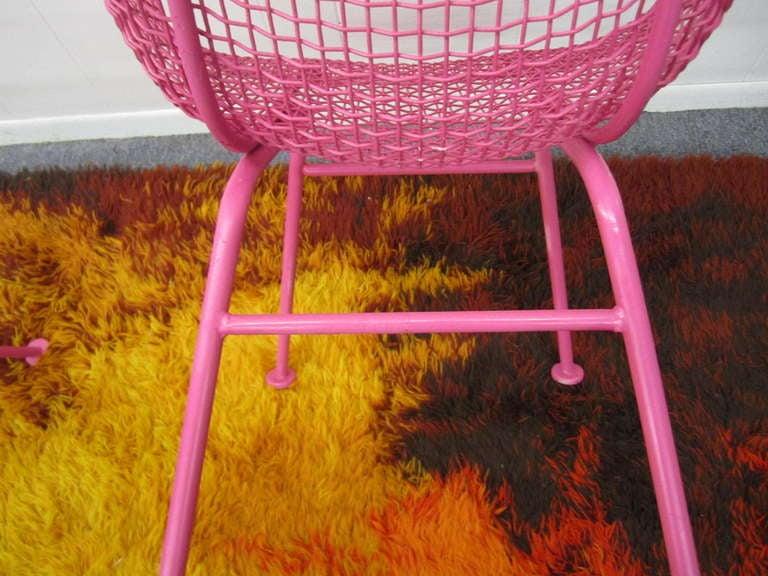Fun Pair Of Pink Woodard Mesh Sculptra Patio Chairs Mid