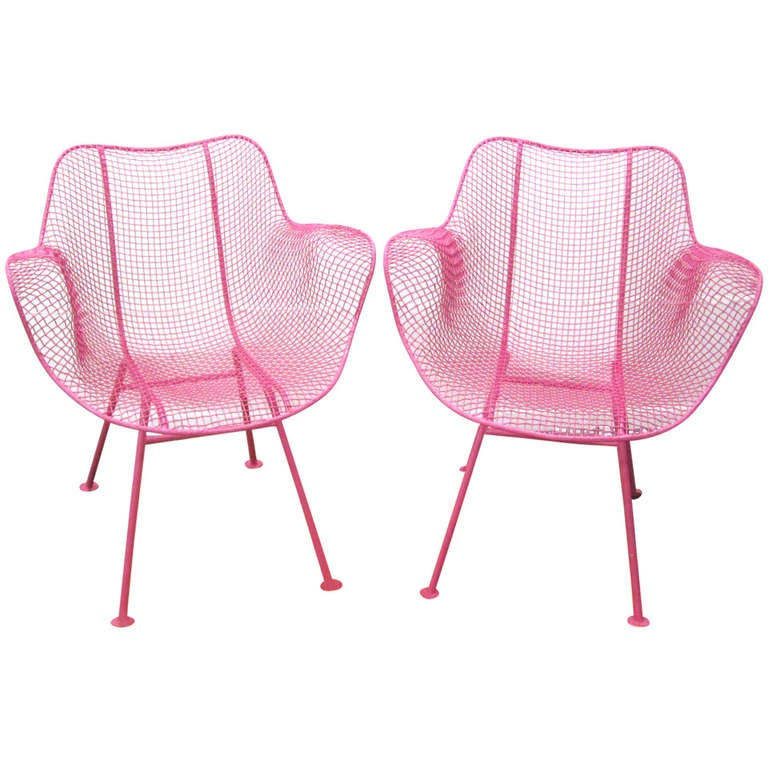 Fun Pair Of Pink Woodard Mesh Sculptra Patio Chairs Mid Century Modern For