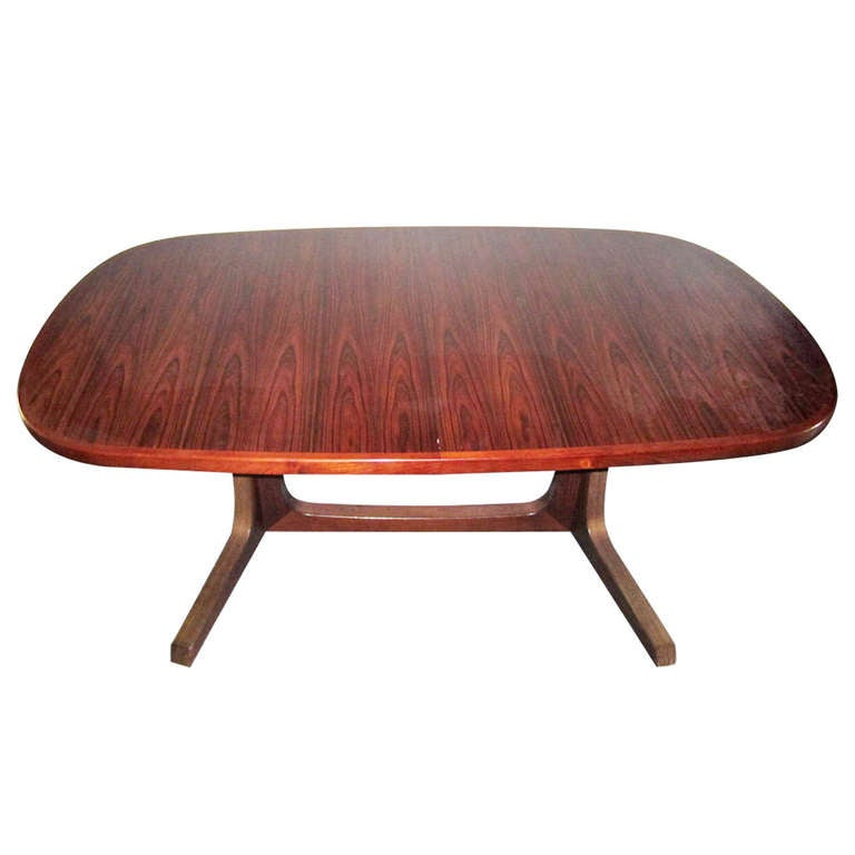 Outstanding Moller Rosewood Dining Table Danish Modern 2 Leaves For Sale