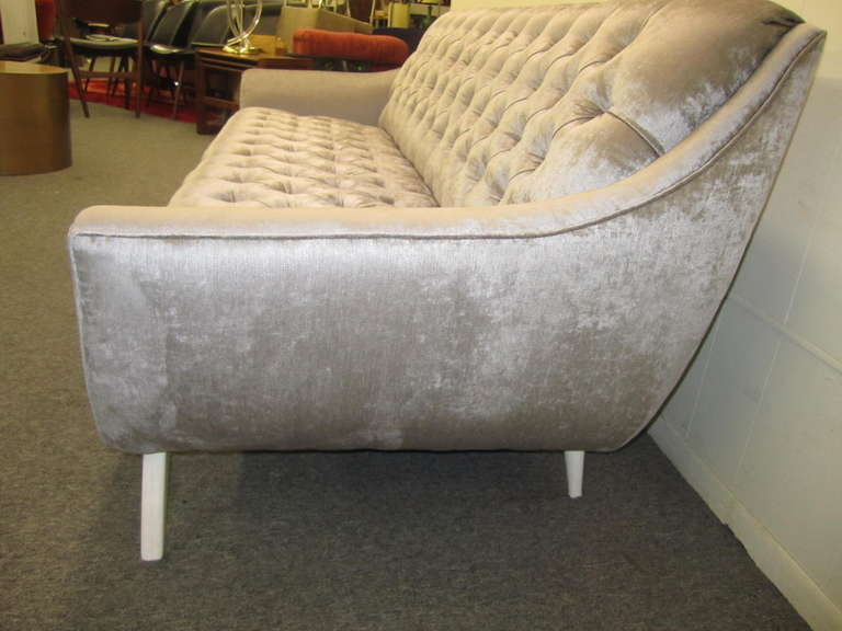Hollywood Regency Amazing Modern Silver Grey Velvet Tufted Sofa Mid Century For