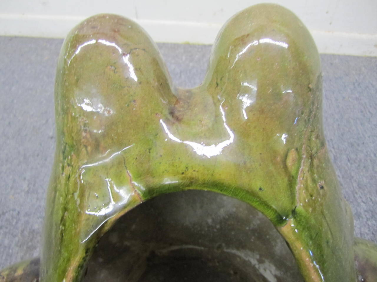 Charming Large Green Glaze Pottery Frog Planter Mid-Century Modern In Good Condition For Sale In Medford, NJ