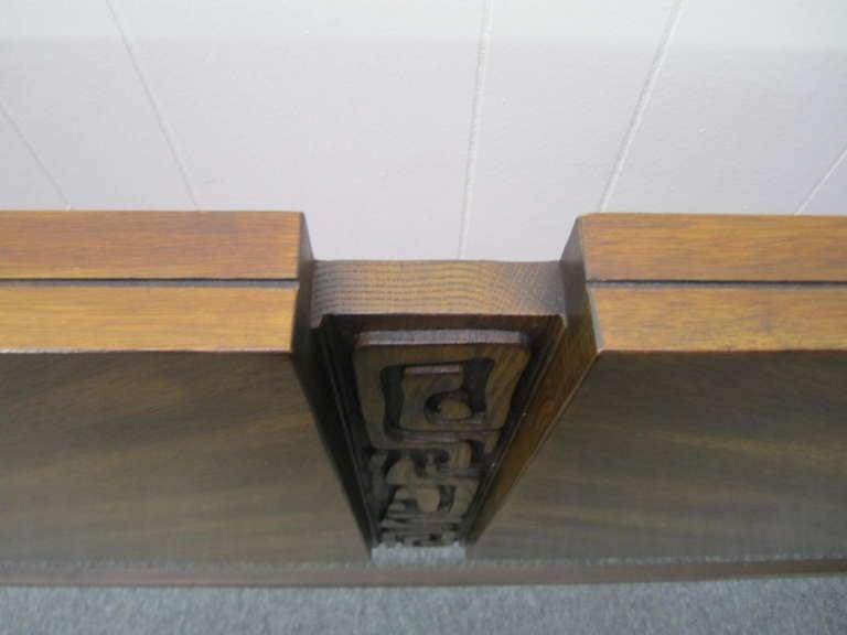 American Paul Evans Style Walnut Sculptural Headboard Mid-century Modern For Sale