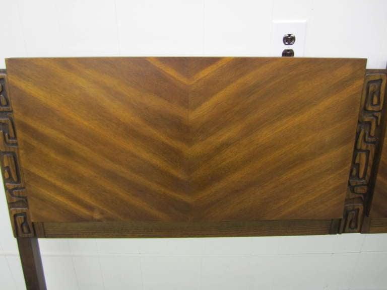 Paul Evans Style Walnut Sculptural Headboard Mid-century Modern For Sale 1