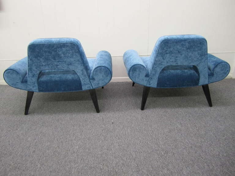 Mid-20th Century Amazing Pair of Grosfeld House Slipper Chairs Hollywood Regency Glam For Sale