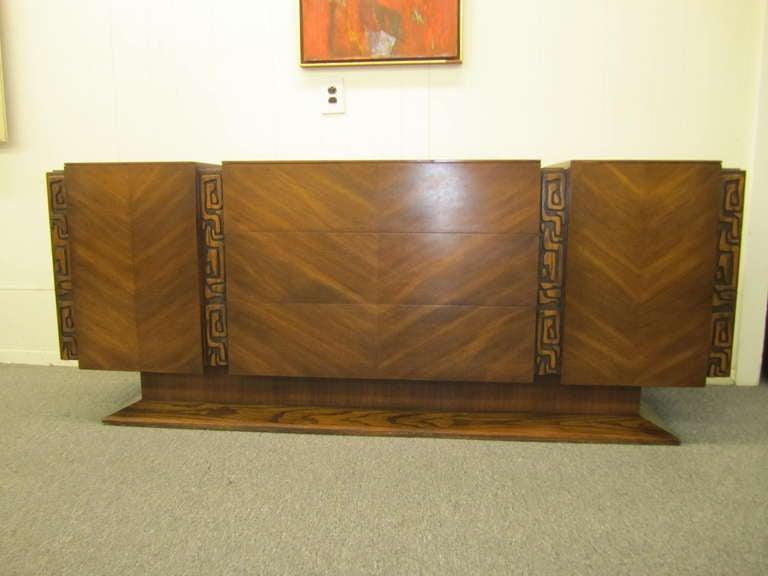 Paul Evans Style Walnut Sculptural Headboard Mid-century Modern For Sale 3