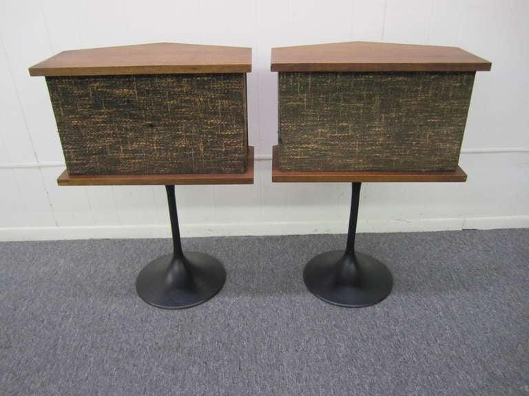Awesome Pair Of Bose Speakers on Saarinen Tulip Bases Mid-century Modern 2