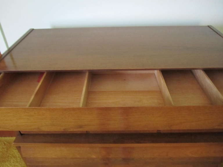 Mid-Century Modern American Martinsville High Boy Walnut Dresser Chest Mid-century Modern For Sale