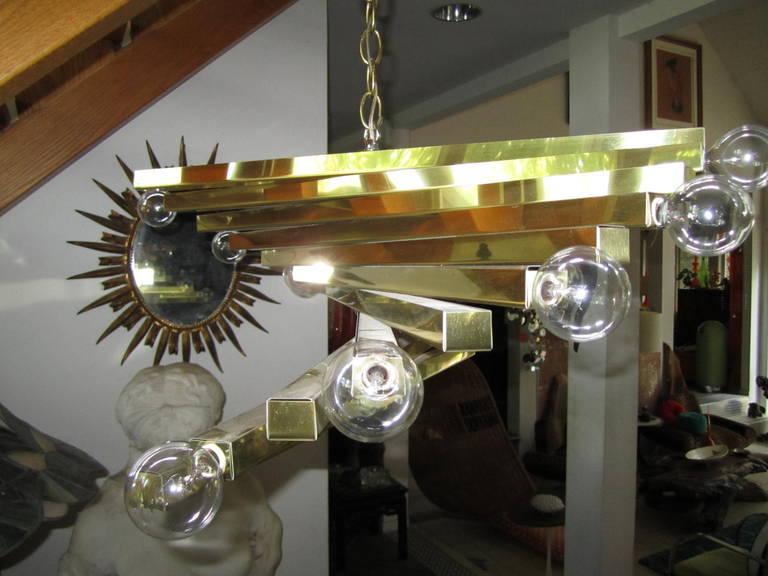 Sculptural Gaetano Sciolari Spiral Brass, Mid-Century Modern Chandelier In Excellent Condition For Sale In Pemberton, NJ