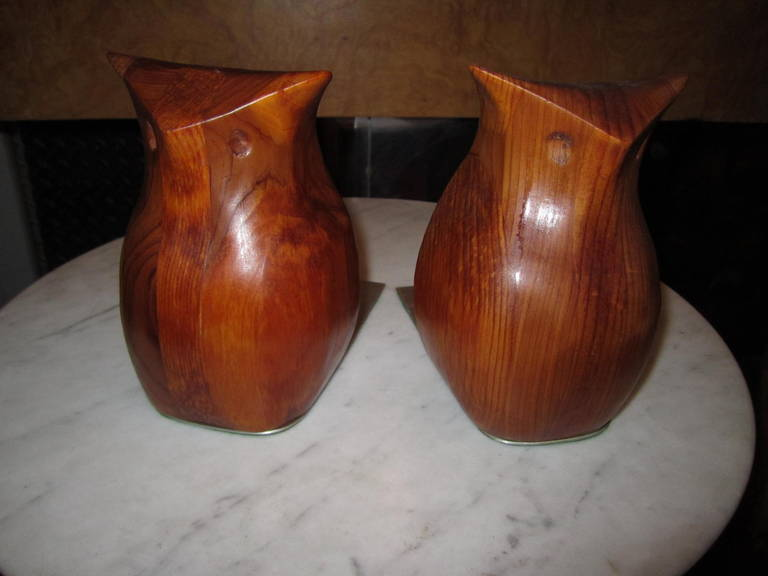 Whimsical Pair of Walnut Signed Deborah Bump Owl Bookends Mid-Century Modern For Sale 2