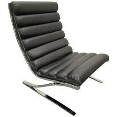 Gorgeous Design Institute of America Cantilevered Chrome Lounge Chair