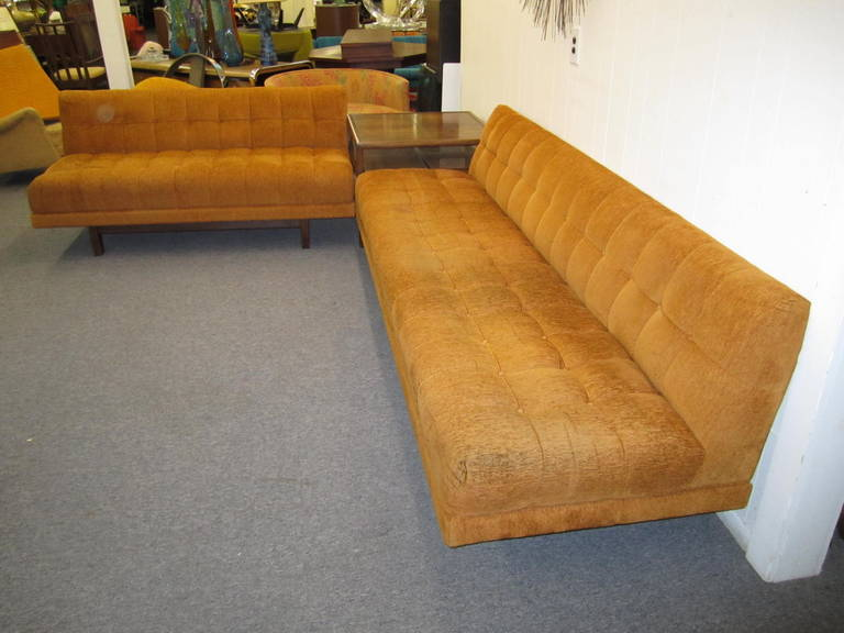 Stunning Harvey Probber style 2 Piece Sectional Sofa Mid-century Modern For Sale 4
