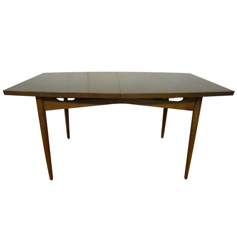 Gorgeous American Of Martinsville Walnut Dining Table Mid Century Modern At 1