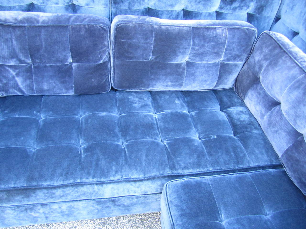 Stunning Large-Scale Harvey Probber Style Sectional Sofa, Mid-Century Modern For Sale 2