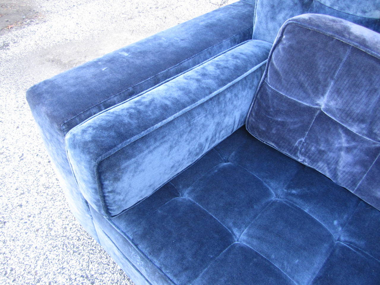 Stunning Large-Scale Harvey Probber Style Sectional Sofa, Mid-Century Modern In Good Condition For Sale In Medford, NJ