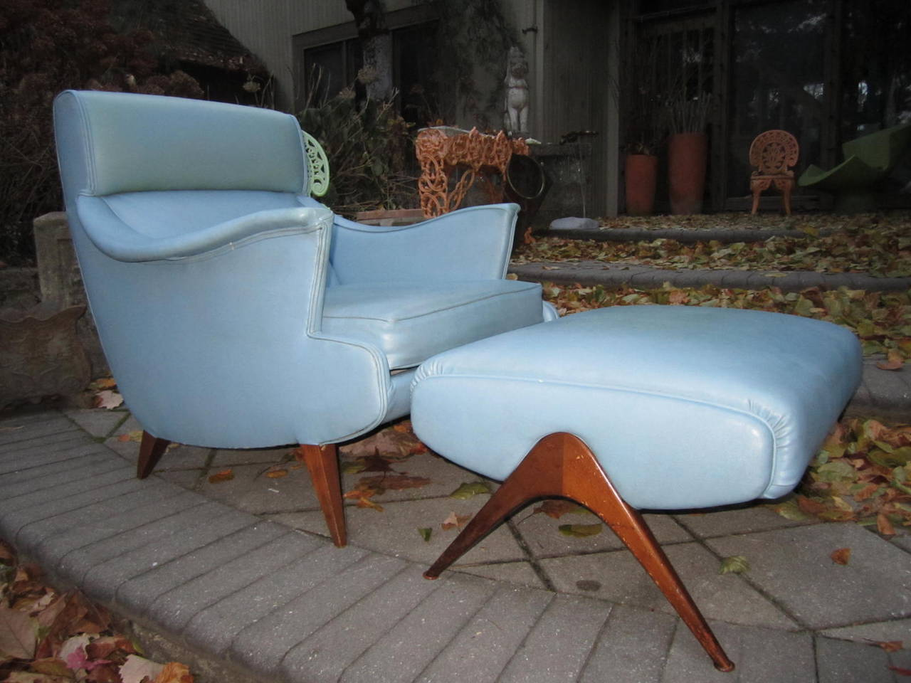 Exciting Mid-Century Modern Lounge Chair with Ottoman For Sale 4