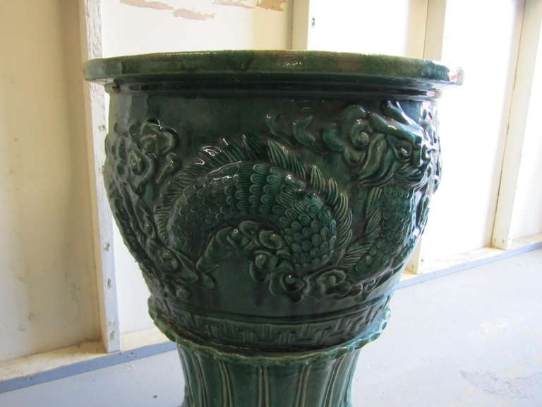 Green Terra Cotta : Amazing and large chinese green glazed terra cotta urn