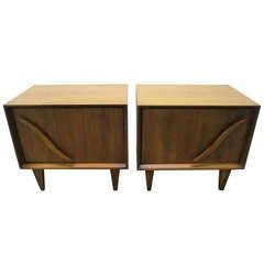 Lovely Pair of American Modern Walnut Night Stands