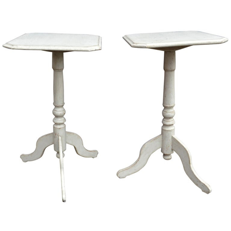 xxx 526 pair small square sidetables h28 x w16 1a