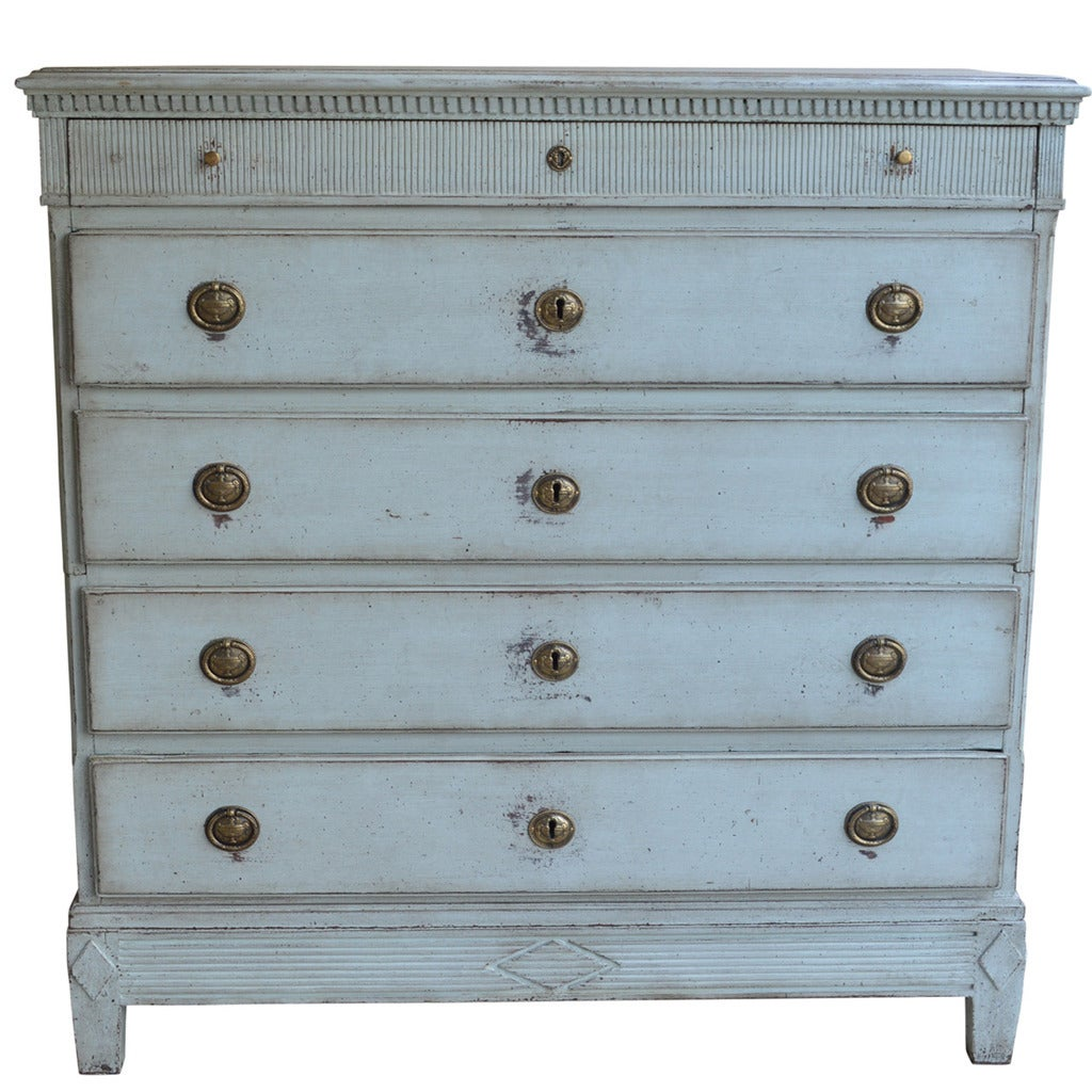 Gustavian Chest of Drawers For Sale