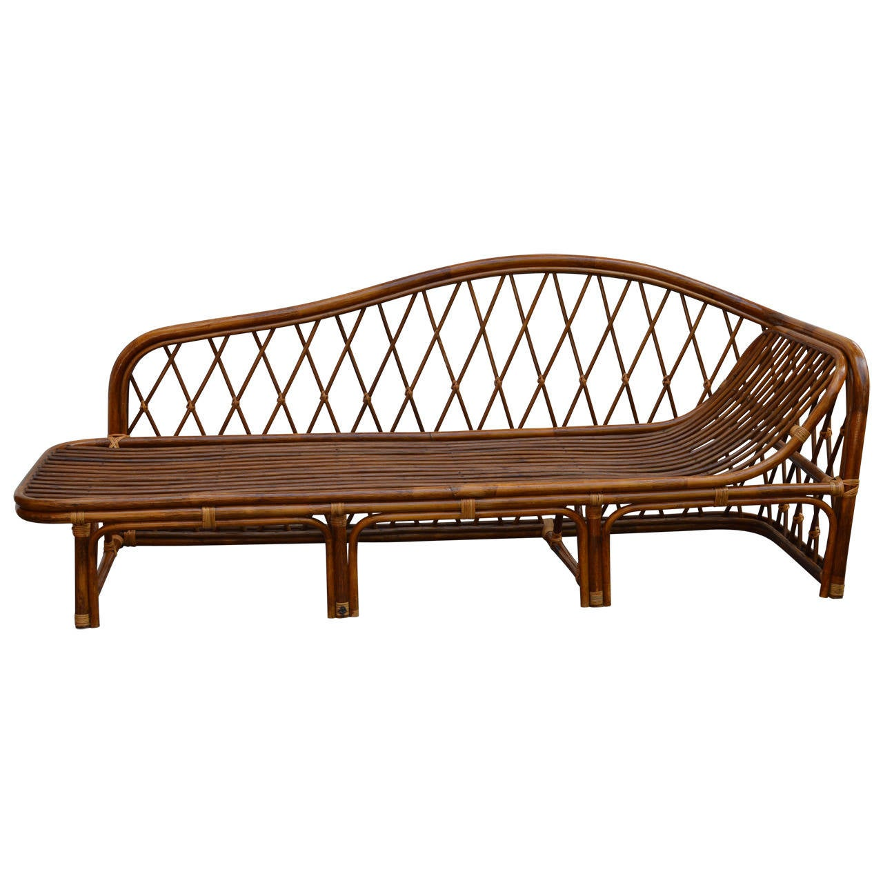 Vintage rattan chaise lounge at 1stdibs for Antique chaise lounges