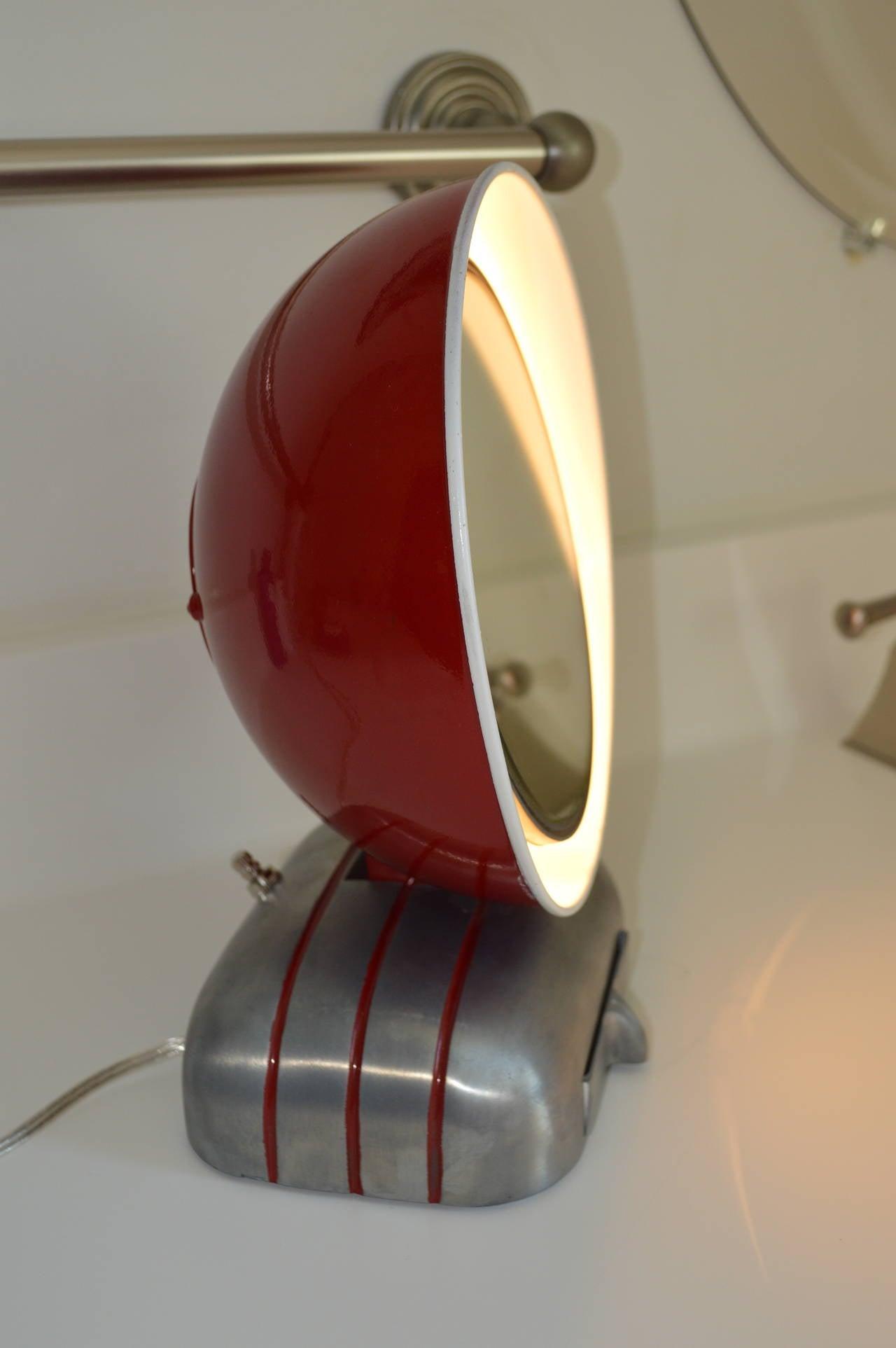 1920s art deco mirolite illuminated vanity mirror at 1stdibs. Black Bedroom Furniture Sets. Home Design Ideas