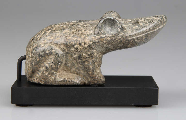 Carved Stone Pipe : Carved stone pipe in the form of a frog at stdibs