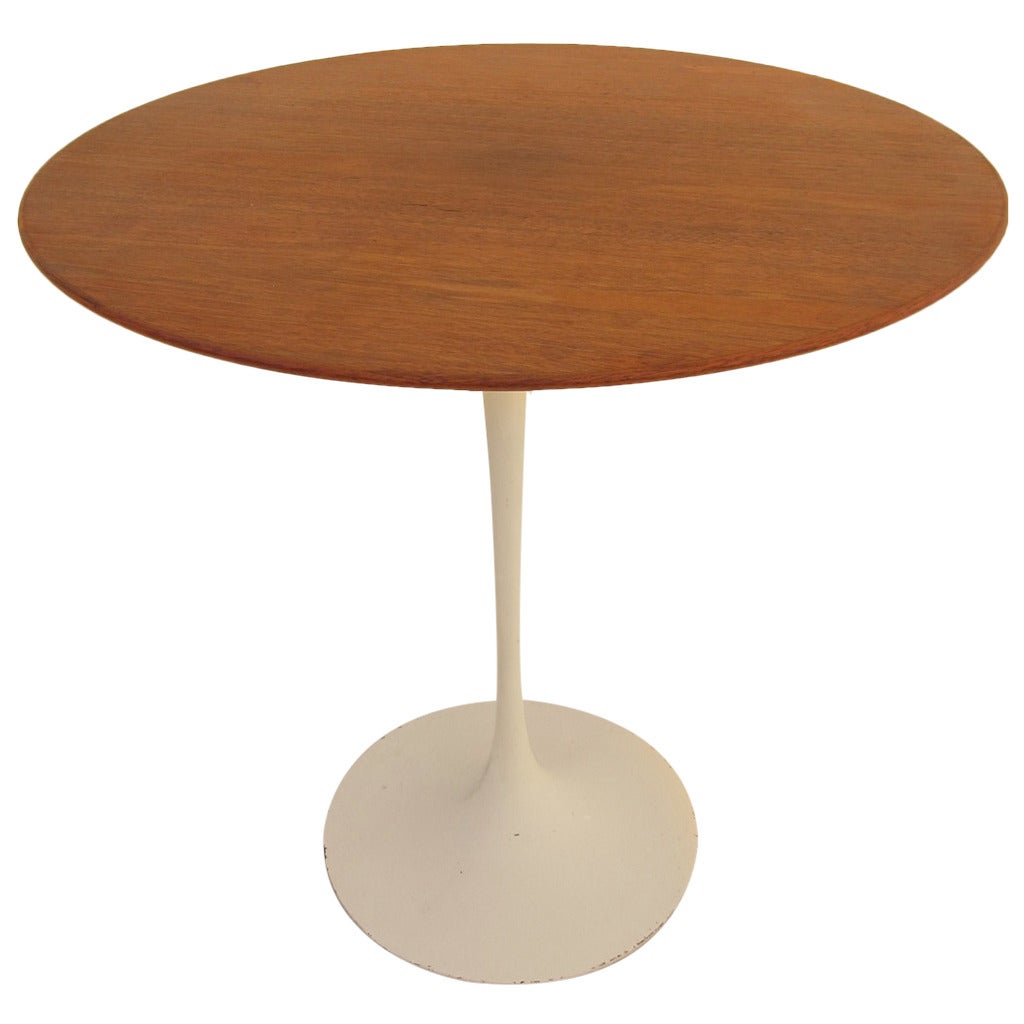 Early Eero Saarinen Tulip Side Table At 1stdibs