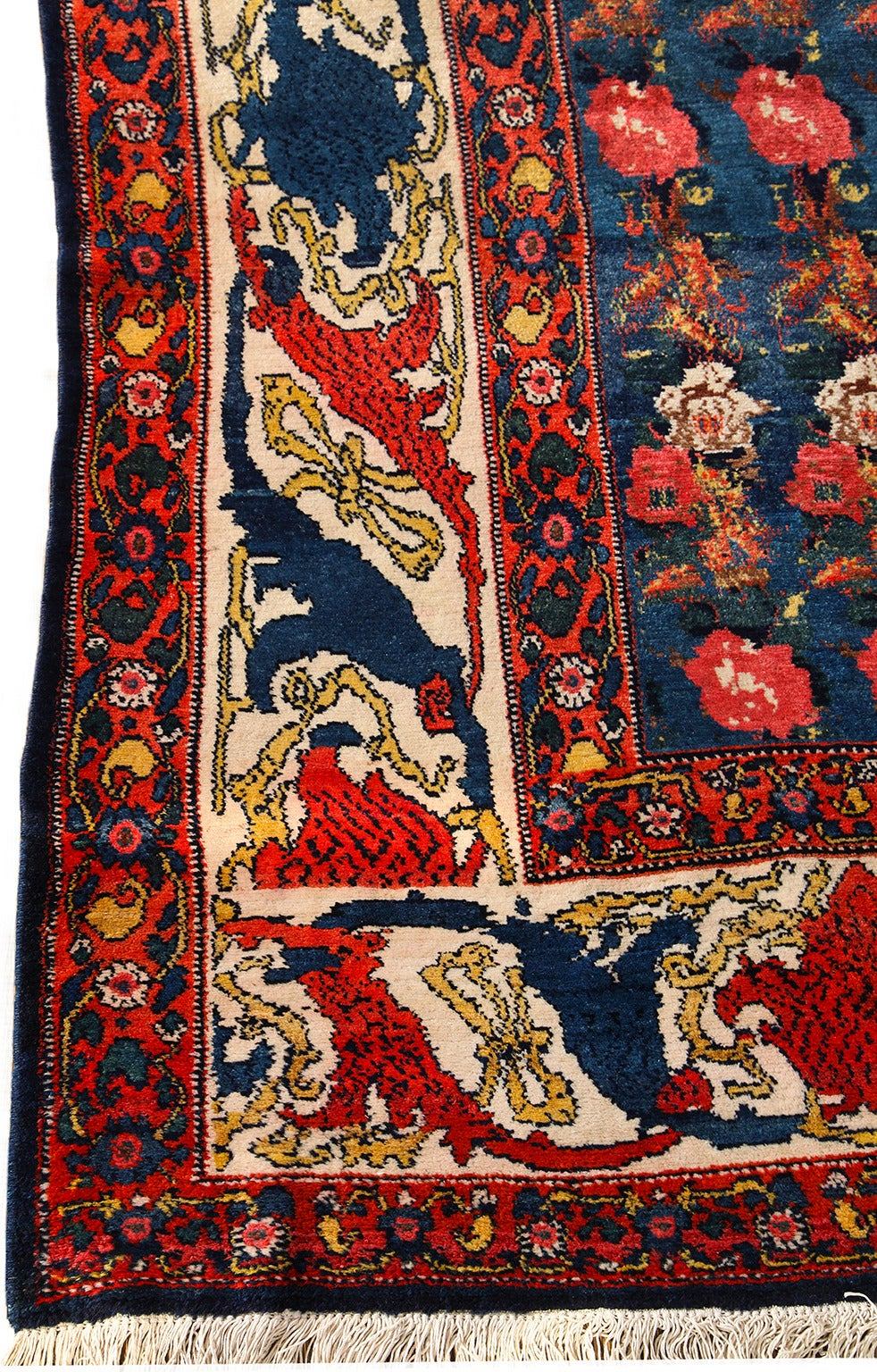 Vegetable Dyed Persian Senneh Carpet circa 1900 with Pure Wool Pile and Natural Vegetable Dyes For Sale