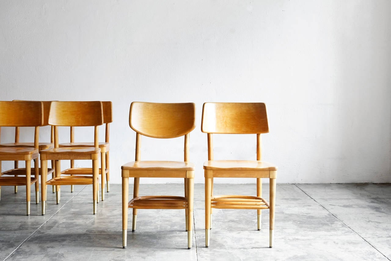 Set of 8 Bentwood School Chairs by Thonet, 1950s In Good Condition For Sale In Alhambra, CA