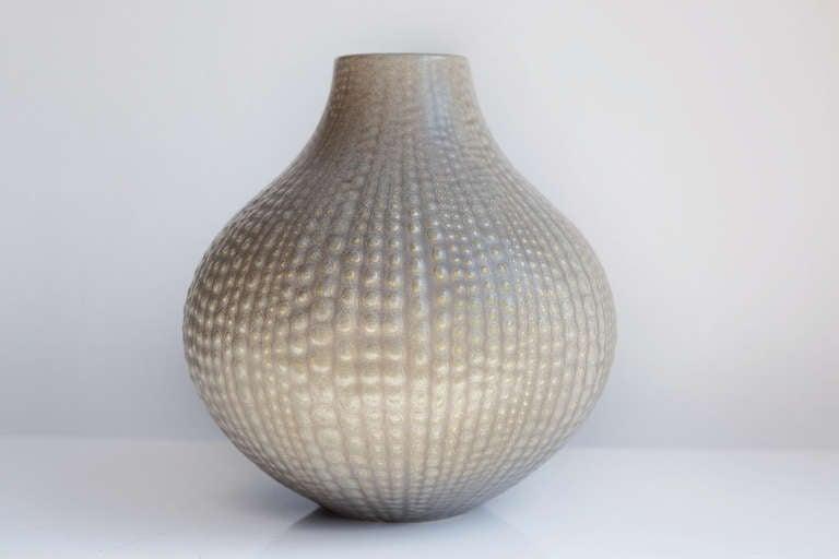 Smarte ressurser Jonathan Adler Upside-Down Anemone Vase, Hand Signed at 1stdibs GN-52