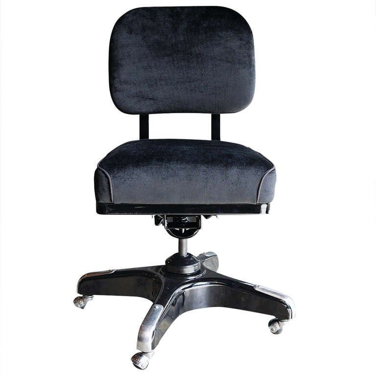 Vintage Solid Back Steno Chair Refinished In Black On