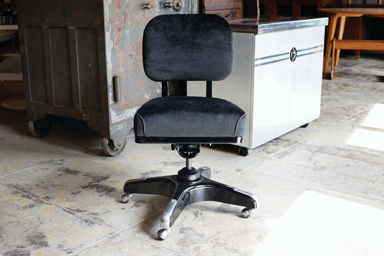 Vintage Solid Back Steno Chair Refinished In Black On Black At 1stdibs
