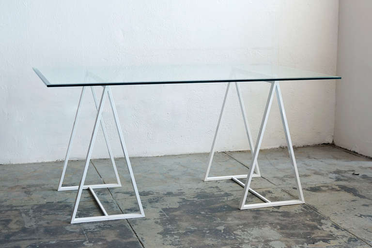 Charmant American Minimalist Saw Horse Triangle Table Legs, C. 1960s For Sale