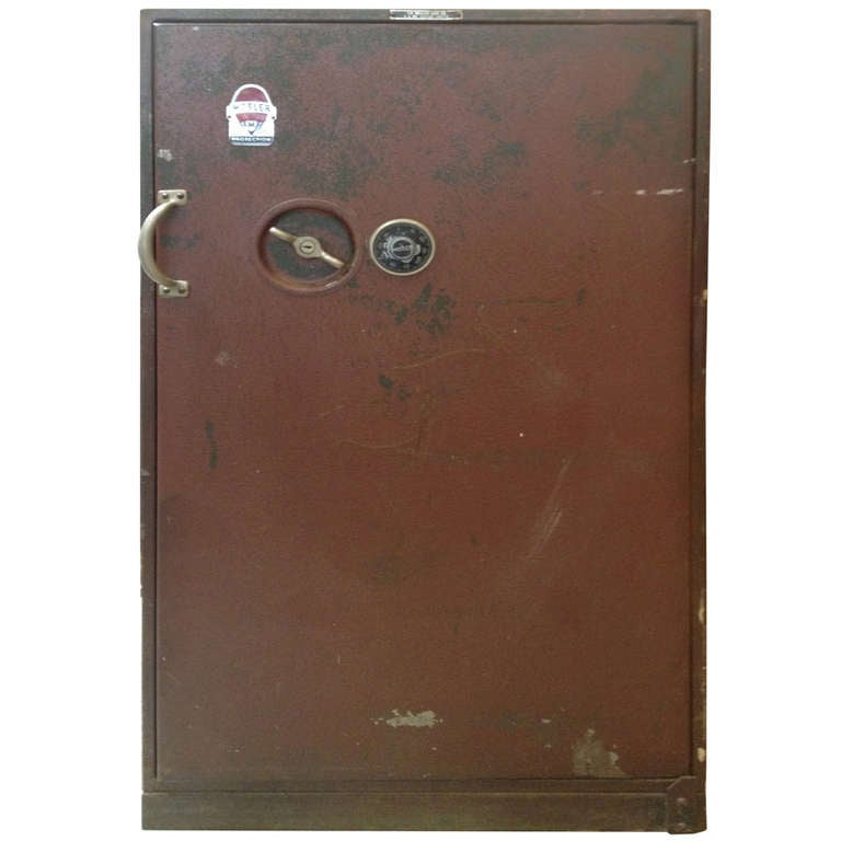 1948 Mosler Fireproof Safe With Combination At 1stdibs