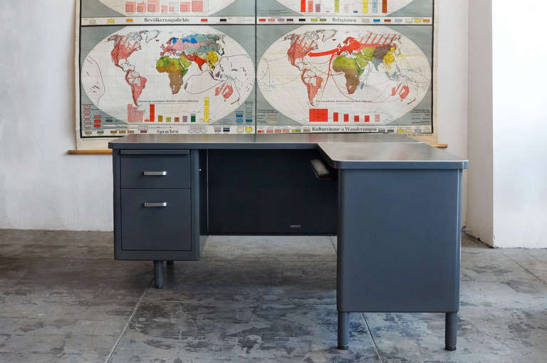 Mcdowell Craig Tanker Desk With Return At 1stdibs