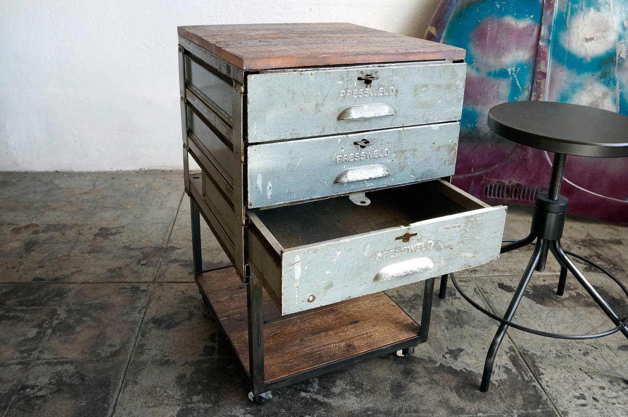 1940s Industrial Pressweld Drawers Rolling Cart At 1stdibs