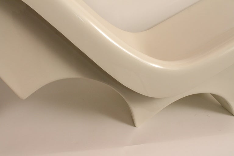 Sculpted Italian 1960's Fiberglass Chaise Lounge image 3