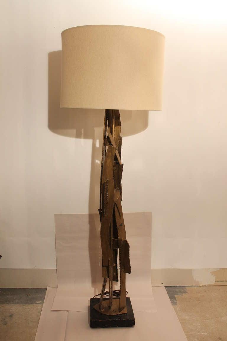 brutalist metal mid century modern floor lamp at 1stdibs. Black Bedroom Furniture Sets. Home Design Ideas