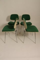 Set of Four Charles Eames for Herman Miller DCM Chairs thumbnail 2