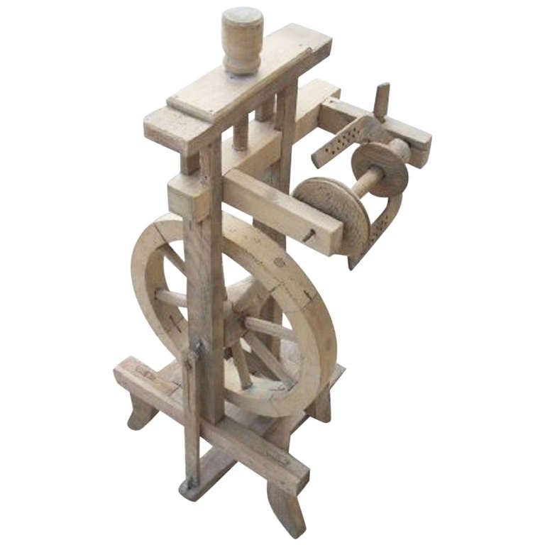 19 Th C European Antique Spinning Wheel At 1stdibs
